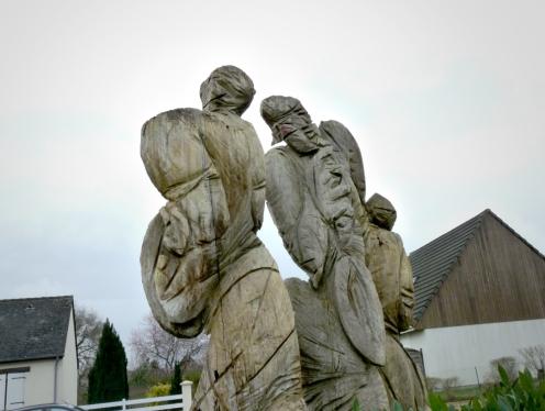 Sculpture-Eva-Roucka-à-Montlouis-2