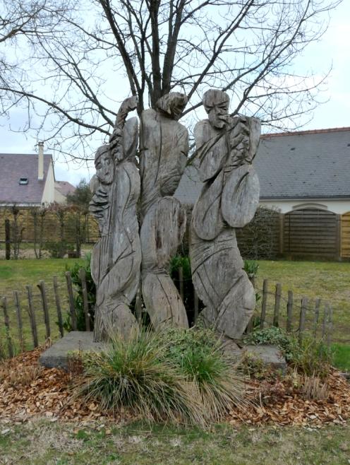 Sculpture-Eva-Roucka-à-Montlouis-4